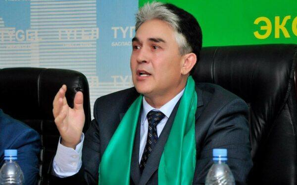 Kazakhstan: Head of anti-corruption organisation convicted in a defamation case