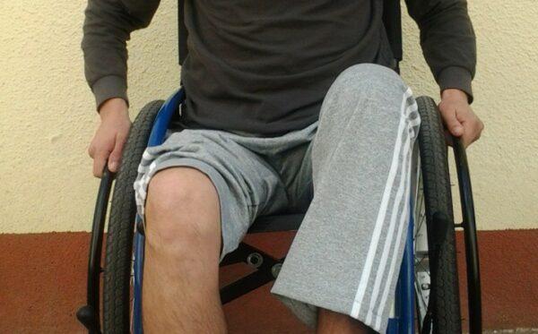 Help Oleksandr by raising funds for his leg prostheses