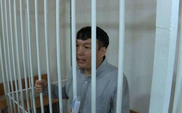 Political prisoner Muratbek Tungishbayev goes blind in one eye. He is in need of urgent medical help
